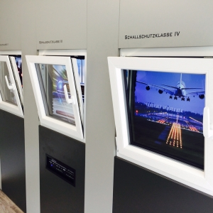 thumb Einmalig in Leipzig * Schall-Simulations-Stand *